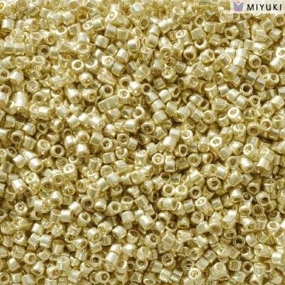 Miyuki Delica Beads 11/0
